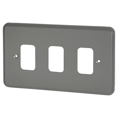 MK 3 Gang Grid Cover Plate Metalclad - Grey
