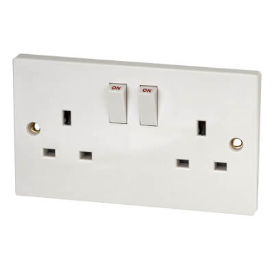 Contactum 13A 2 Gang Double Pole Switched Socket - White)
