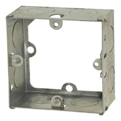 Greenbrook 1 Gang 35mm Knockout Flush Extension Box