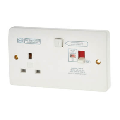MK 13A 1 Gang RCD Protected Switch Socket - White