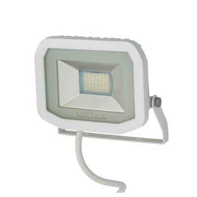 Luceco Slimline 15W 5000k LED Floodlight - White)