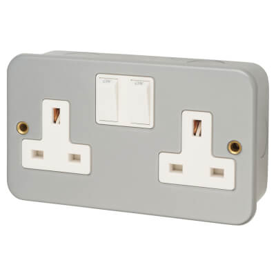 13A 2 Gang Metal Clad Switched Socket - Grey