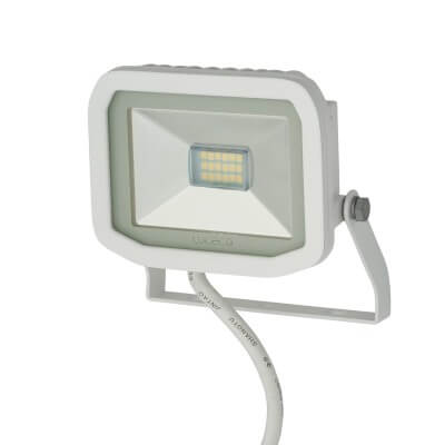 Luceco Slimline 8W 5000K LED Floodlight - White)