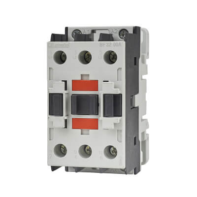 Lovato 32A 415V Three Pole Contactor