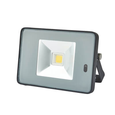 10W 4000K Slim LED Microwave Floodlight with Photocell - Black/Silver)