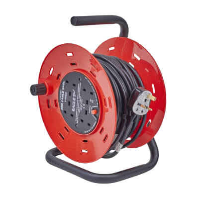 13A 240V Extension Reel - 20m)
