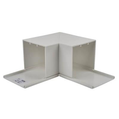 Maxi Trunking Flat Angle - 75 x 75mm - White)