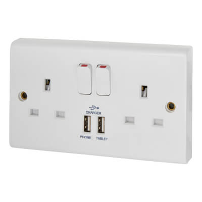 Deta 13A 2 Gang Switched Socket with 2 x USB - 3.4A - White)