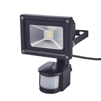 10W 6000K LED Square Floodlight with PIR - Black)