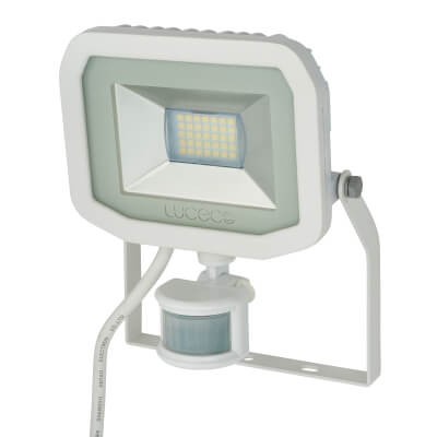 Luceco 22W 5000K Slimline PIR LED Floodlight - White)