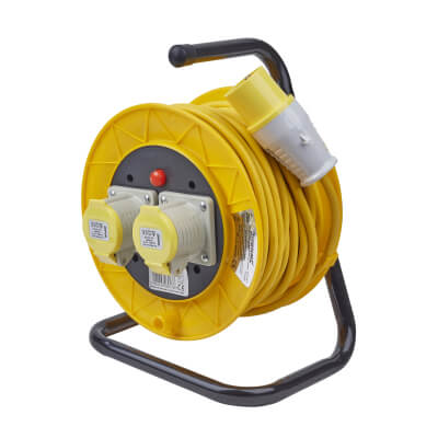 16A 110V Extension Reel - 25m)