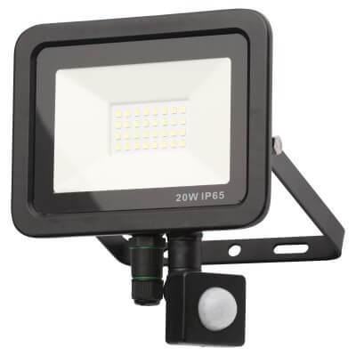 Forum Rye 20W Slimline LED Floodlight with PIR - Black)