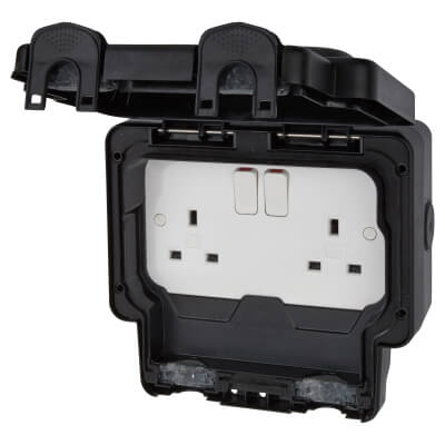 MK Masterseal Plus 13A IP66 2 Gang Weatherproof Switched Outdoor Socket - Black)