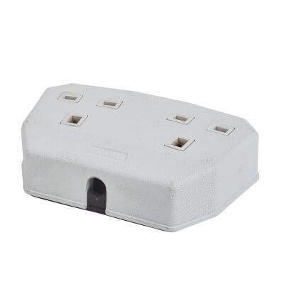 MK Duraplug 2 Gang Trailing Socket - White)