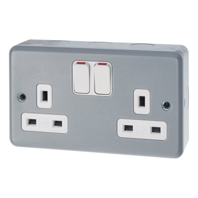 MK 13A 2 Gang Double Pole Metal Clad Switched Socket - Grey